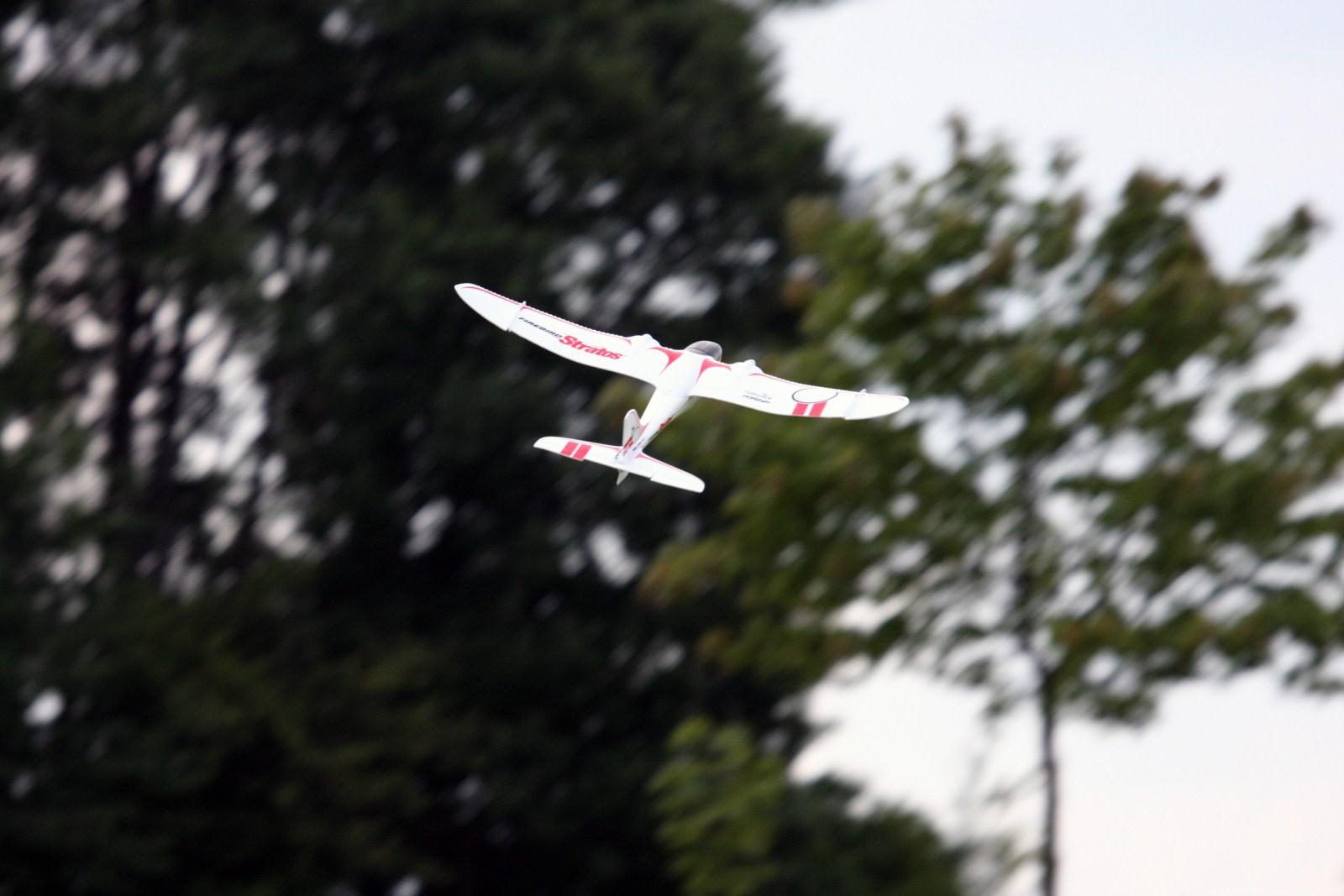 Firebird Stratos die ersten Impressionen eines Modellflugzeugs
